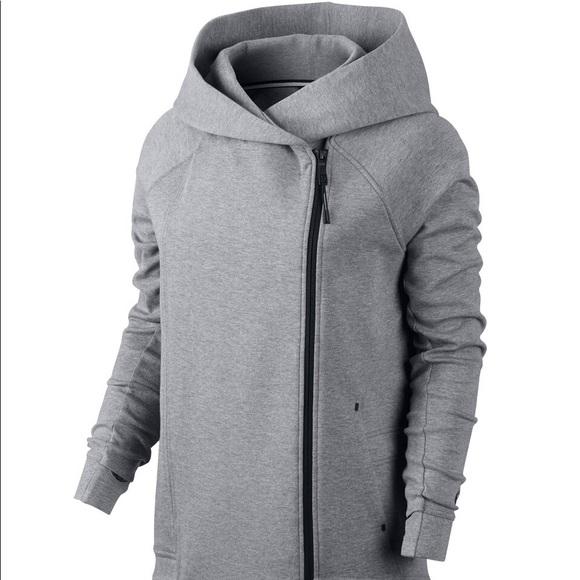 2ae5bddcd852 Women s Nike Tech Fleece Cape Hoodie Jacket Grey. M 5b099e6b50687c4126218348